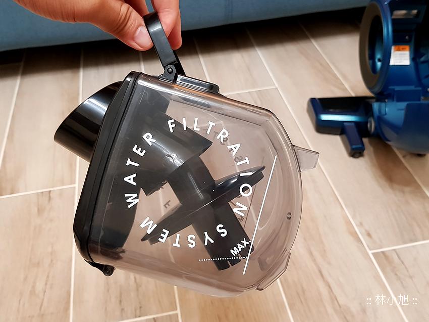 Whirlpool 惠而浦水過濾直立手持兩用無線吸塵器 (VCS3002) 開箱 (25).png
