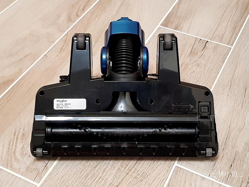 Whirlpool 惠而浦水過濾直立手持兩用無線吸塵器 (VCS3002) 開箱 (30).png