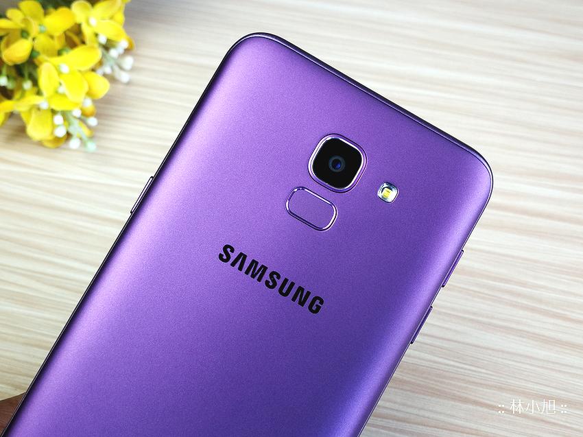 Samsung Galaxy J6 平價全螢幕自拍機開箱(ifans 林小旭) (8).png