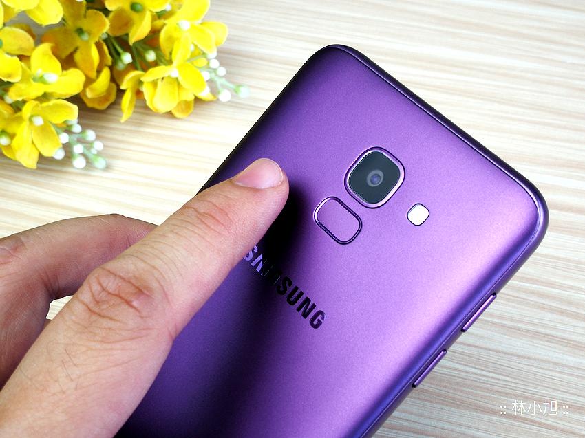 Samsung Galaxy J6 平價全螢幕自拍機開箱(ifans 林小旭) (14).png