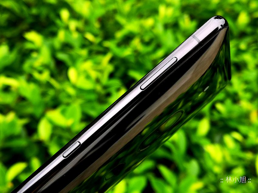 Sony Xperia XZ2 Premium 開箱 (ifans 林小旭) (9).png