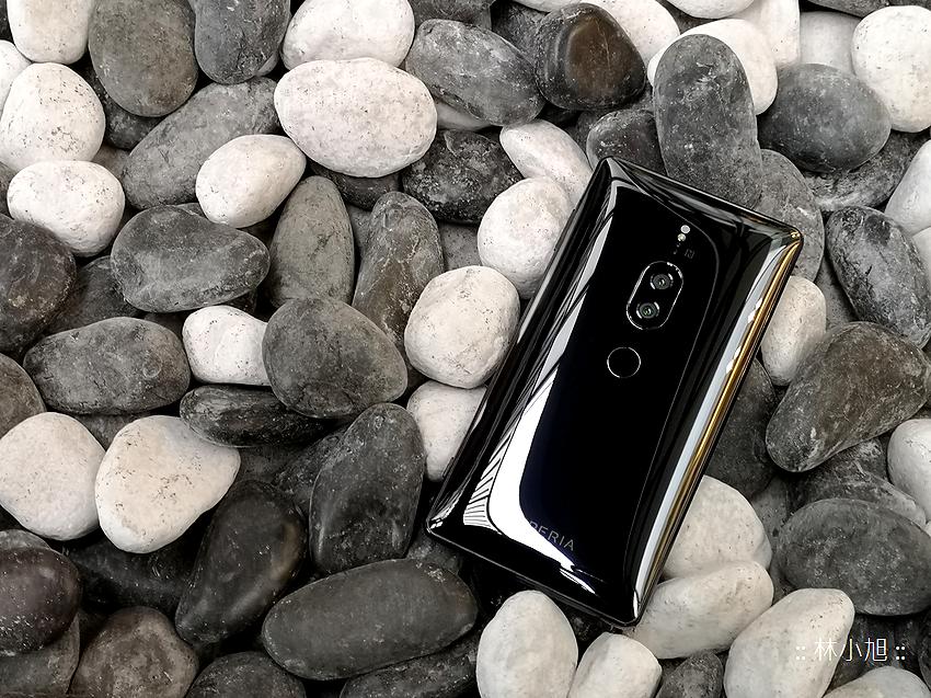 Sony Xperia XZ2 Premium 開箱 (ifans 林小旭) (1).png