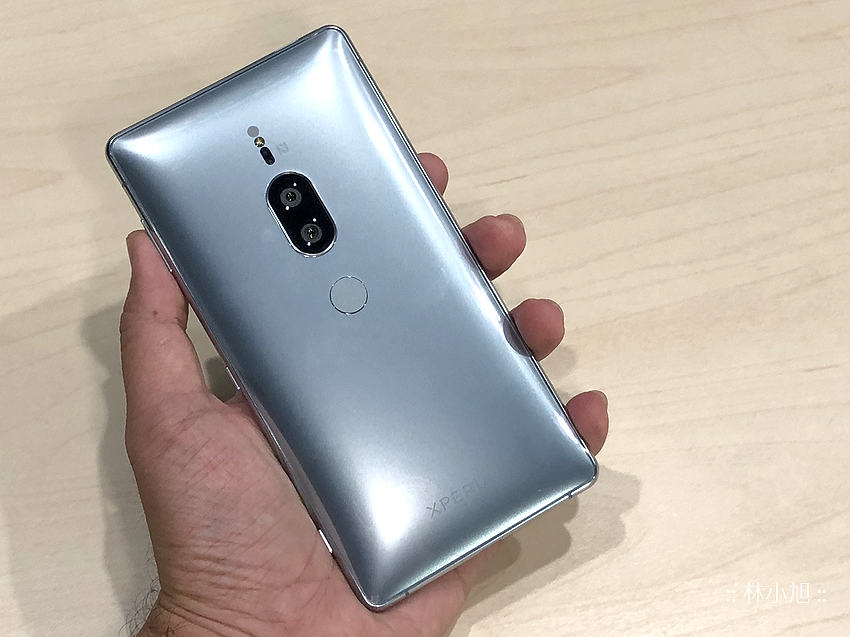 Sony Xperia XZ2 Premium 開箱 (ifans 林小旭) (37).png