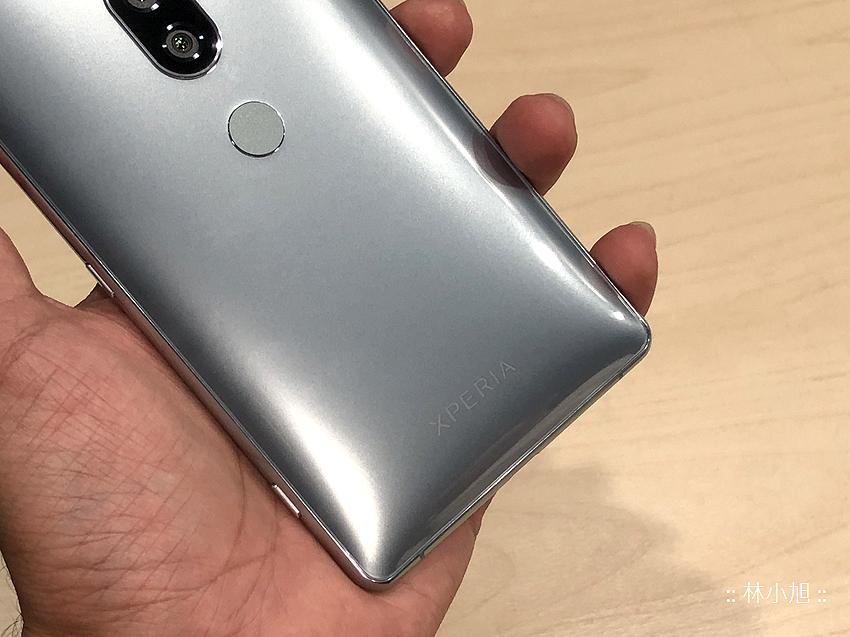 Sony Xperia XZ2 Premium 開箱 (ifans 林小旭) (40).png