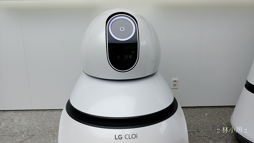 LG Airport Cleaning Robot (ifans 林小旭) (4).png