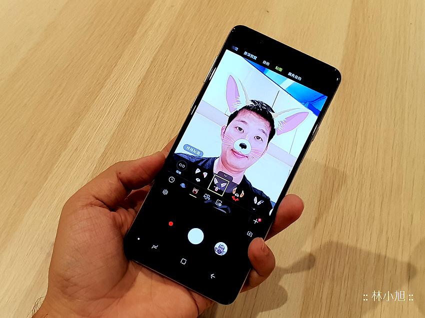 Samsung Galaxy A8 Star 開箱 (ifans 林小旭) (9).png