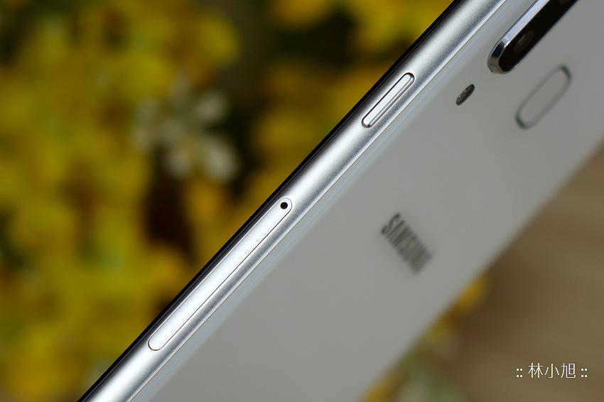 Samsung Galaxy A8 Star 開箱 (ifans 林小旭) (20).png