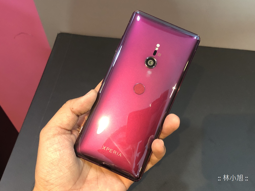 SONY Xperia XZ3 把玩開箱(ifans 林小旭) (8).png