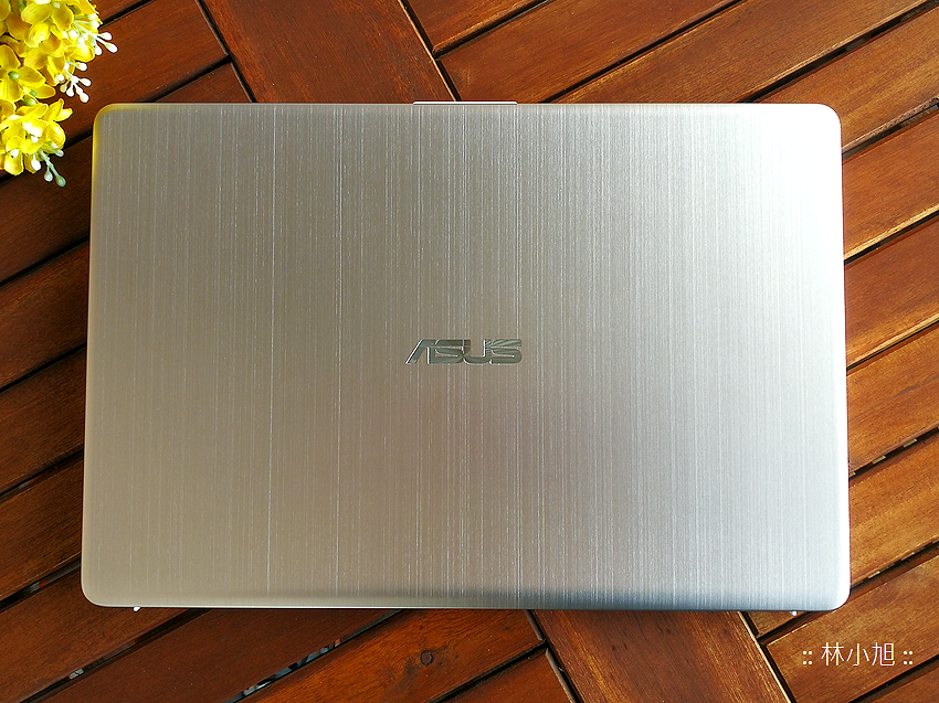 ASUS 華碩 vivoBook 開箱 (ifans 林小旭) (46).png