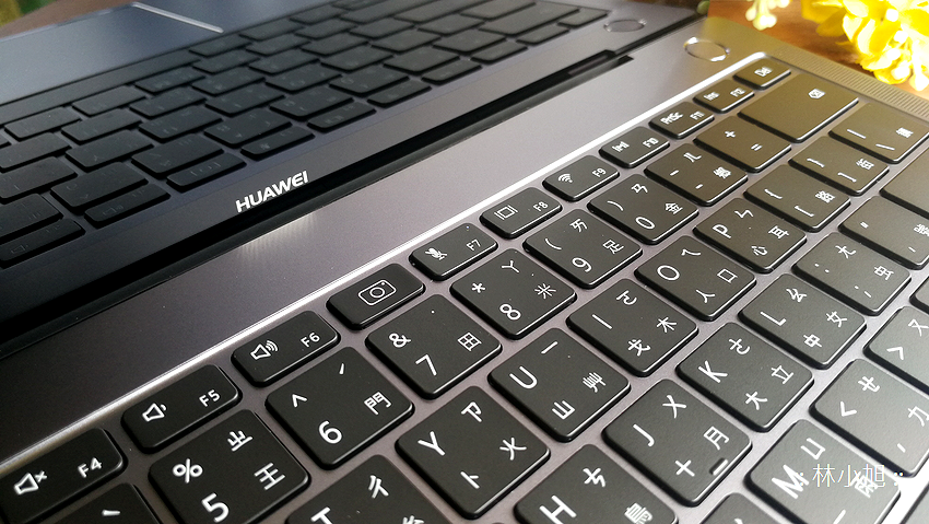 HUAWEI MateBook X Pro 觸控筆電開箱 (ifans 林小旭) (61).png