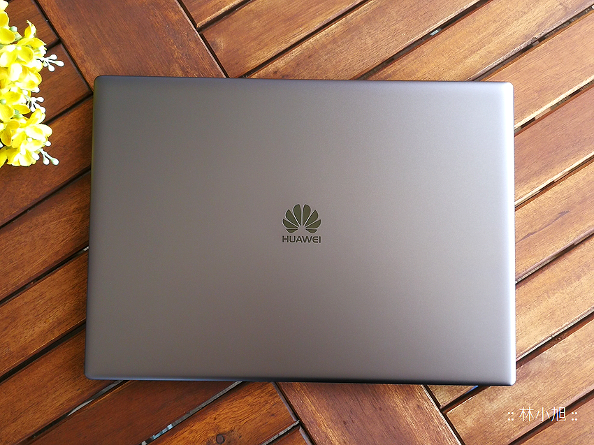 HUAWEI MateBook X Pro 觸控筆電開箱 (ifans 林小旭) (68).png