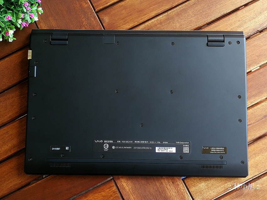 VAIO S11 與 S13 經典筆記型電腦開箱 (ifans 林小旭) (23).png