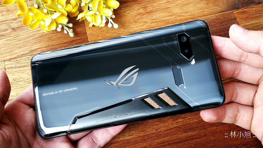 ASUS ROG Phone 開箱 (ifans 林小旭) (32).png
