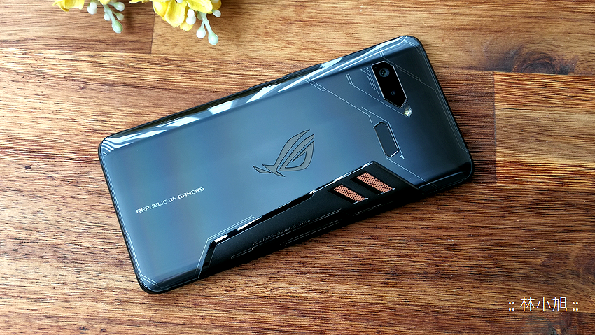 ASUS ROG Phone 開箱 (ifans 林小旭) (35).png