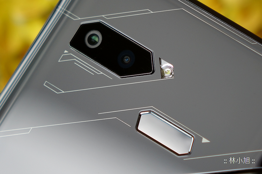 ASUS ROG Phone 開箱 (ifans 林小旭) (15).png