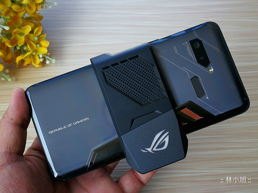 ASUS ROG Phone 開箱 (ifans 林小旭) (55).png