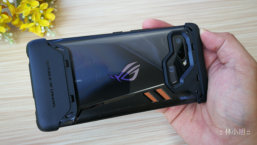 ASUS ROG Phone 開箱 (ifans 林小旭) (96).png