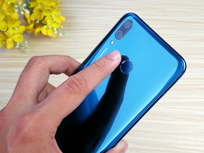 HUAWEI Y9 2019 開箱 (ifans 林小旭) (15).png