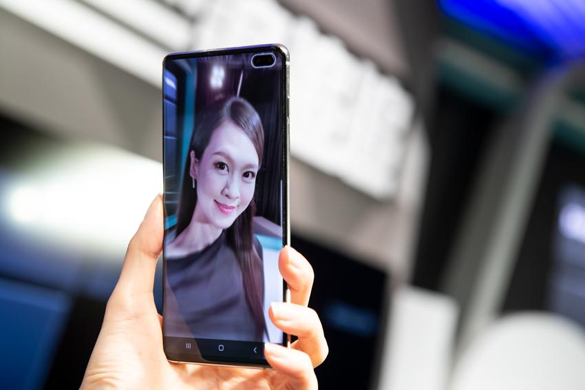 運用Galaxy S10+柔焦效果自拍.png