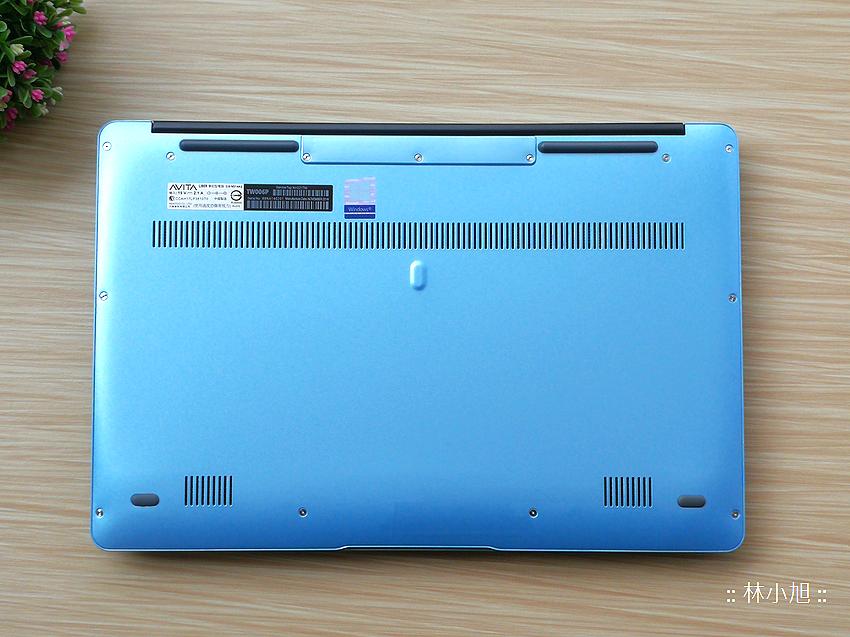 AVITA LIBER 13.3 吋 14 吋指紋辨識筆記型電腦開箱 ( ifans 林小旭) (3).png