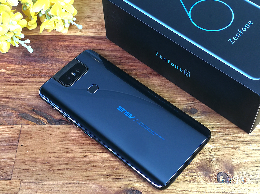 ASUS ZenFone 6 開箱 (ifans 林小旭) (11).png
