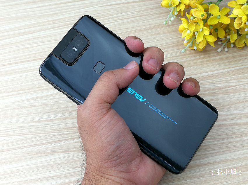 ASUS ZenFone 6 開箱 (ifans 林小旭) (47).png