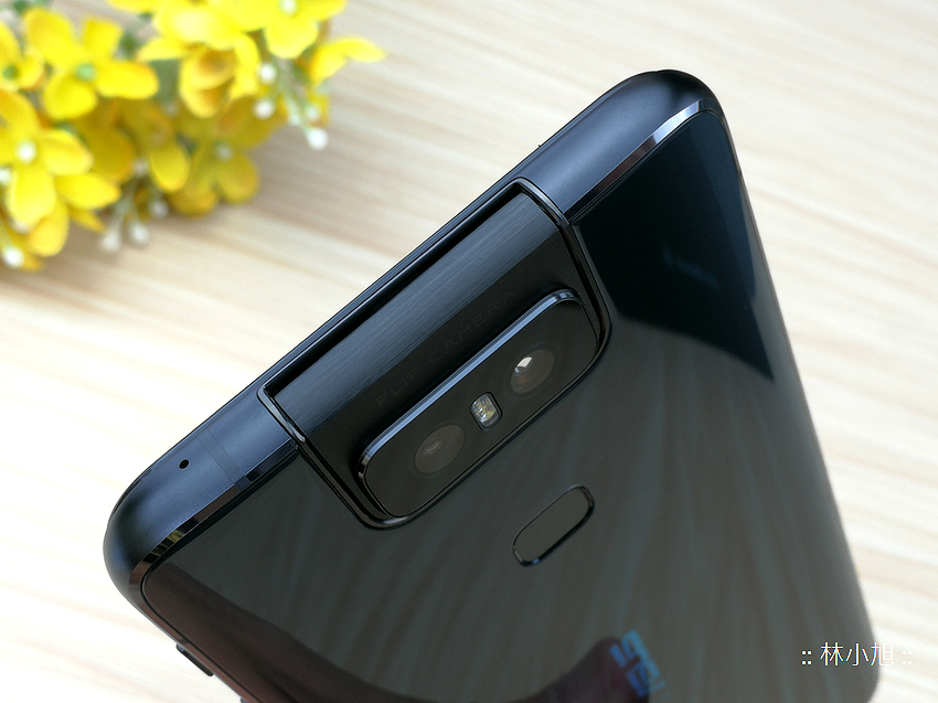 ASUS ZenFone 6 開箱 (ifans 林小旭) (55).png