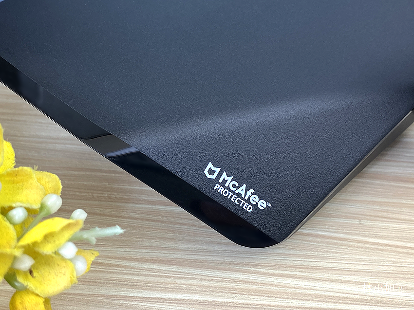D-Link 友訊 DIR-3060 旗艦款 AC3000 Wi-Fi Mesh 無線路由器開箱 (ifans 林小旭) (7).png