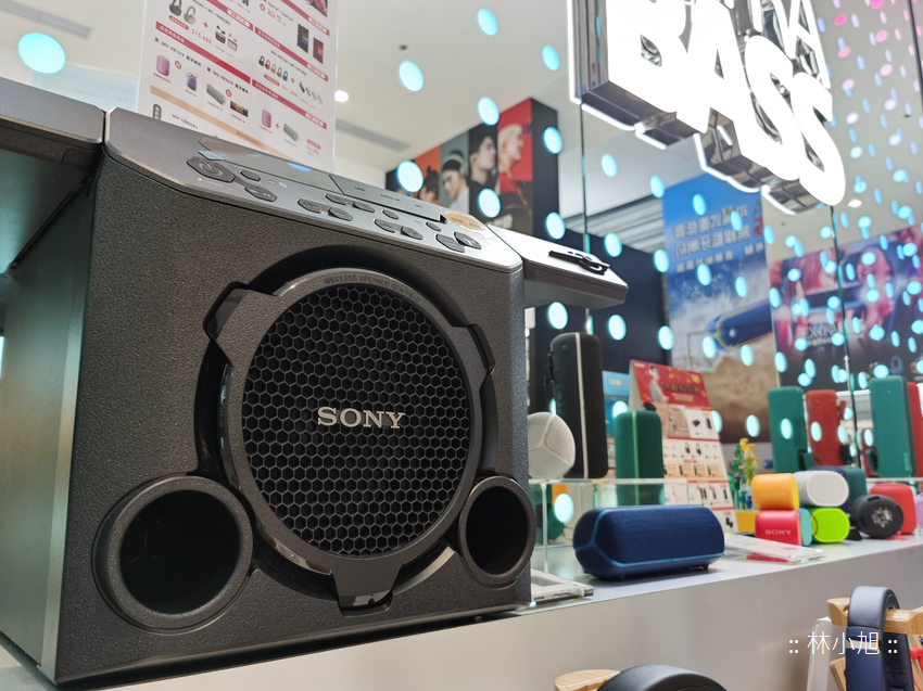 Sony Store 旗艦直營店在台北信義區遠百八樓 (ifans 林小旭) (22).png