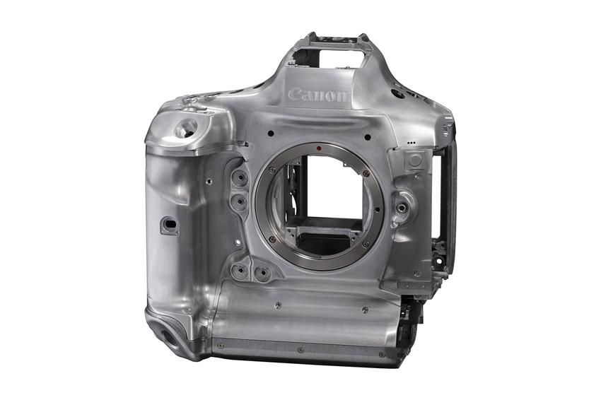 20_EOS-1D X Mark III鎂合金材質機身結構.png