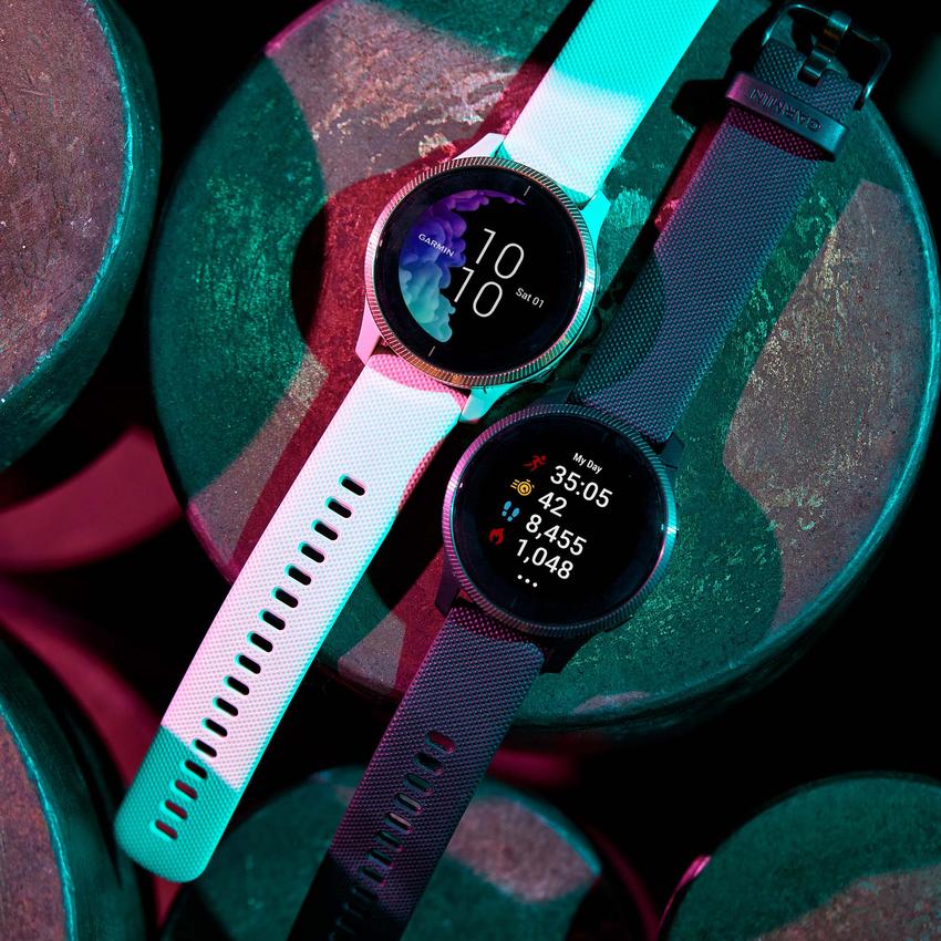 Garmin Venu AMOLED GPS智慧腕錶主動式生理數據監測搭配運動分析及建議,幫助使用者檢視自己的健康狀態及運動成效,建議售價NT$13,900元。-1.png