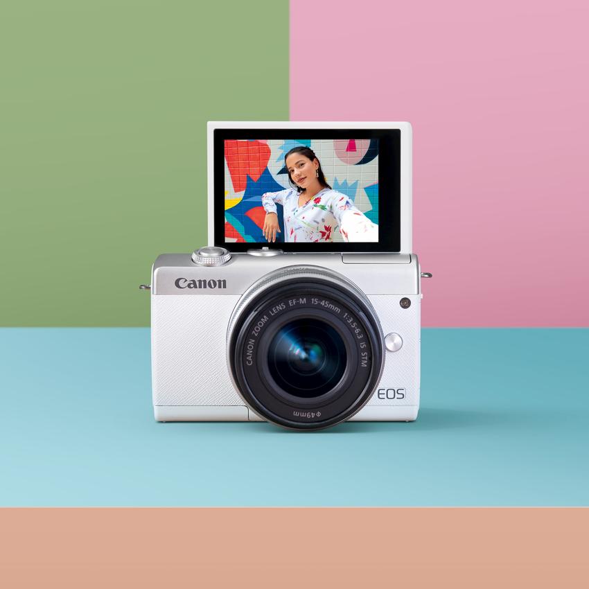 03_Canon EOS M200 自拍模式透過內建美肌效果,特別的色彩科學使照片擁有豐富色彩及自然膚色。.png