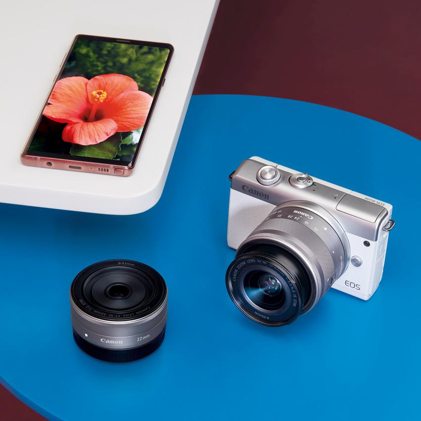 04_Canon EOS M200 提供多樣化 EF-M 輕巧鏡頭可供搭配,讓使用者靈活選擇拍攝角度及距離。.png