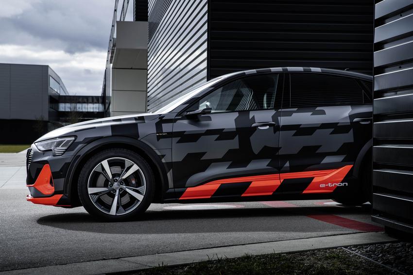 Audi (1).png