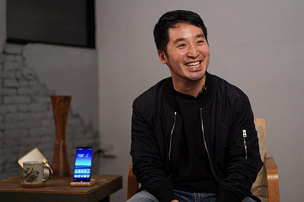 圖說一、李中導演以大師級手機Xperia 1拍攝電影級短片 推出全新力作《代代排》.png