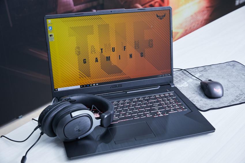 兼具亮眼外型與堅固耐用的ASUS TUF Gaming A15/A17,採用較上一代愈臻纖薄、輕盈的亮眼設計,不論哪個角度皆能盡顯電競風格美學。.png