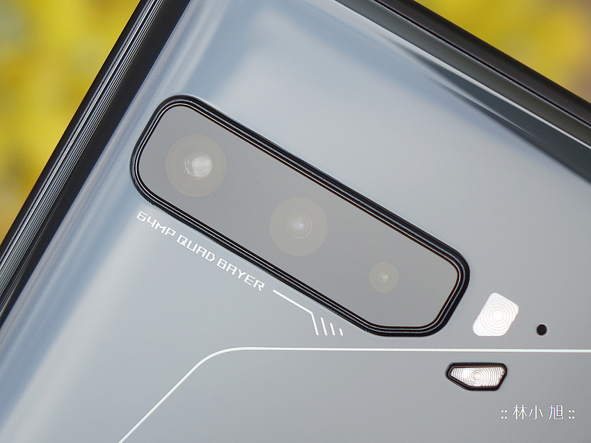 ROG Phone 3 電競手機開箱 (ifans 林小旭) (37).png