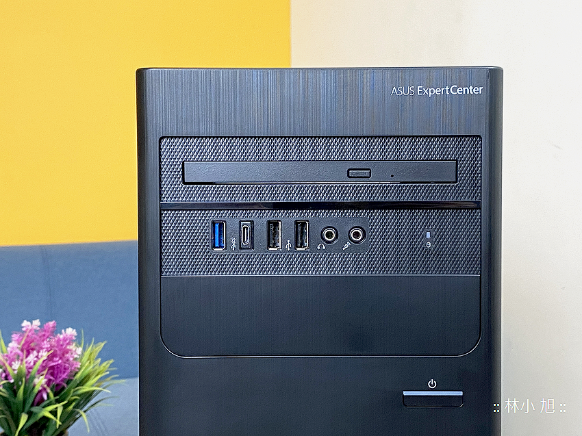 ASUS ExpertCenter W7 Tower (W700TA) 開箱 (ifans 林小旭) (2).png