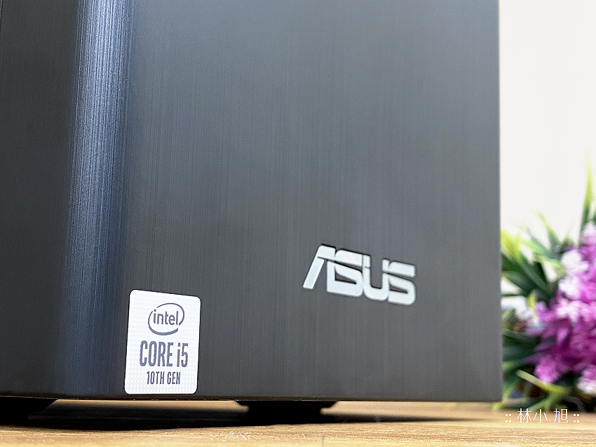 ASUS ExpertCenter W7 Tower (W700TA) 開箱 (ifans 林小旭) (5).png