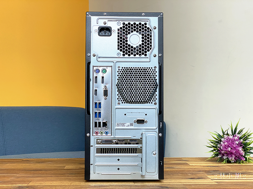 ASUS ExpertCenter W7 Tower (W700TA) 開箱 (ifans 林小旭) (8).png