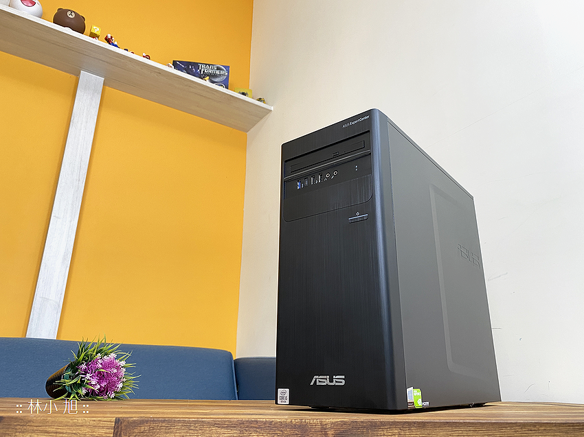 ASUS ExpertCenter W7 Tower (W700TA) 開箱 (ifans 林小旭) (35).png