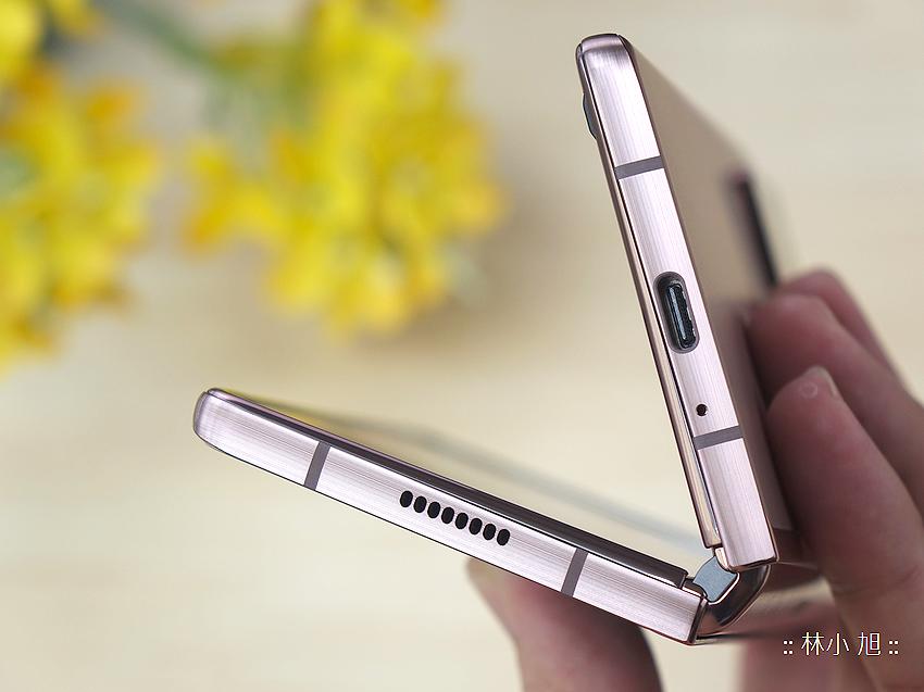 Samsung Galaxy Z Fold2 5G 開箱 (ifans 林小旭) (10).png
