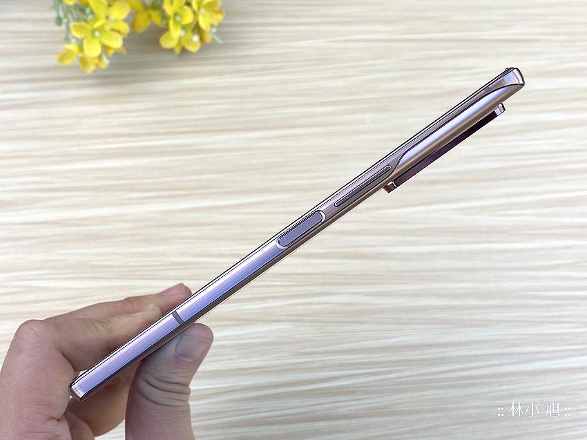 Samsung Galaxy Z Fold2 5G 開箱 (ifans 林小旭) (71).png