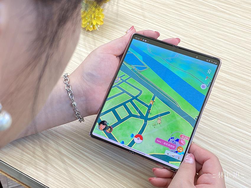 Samsung Galaxy Z Fold2 5G 開箱 (ifans 林小旭) (81).png