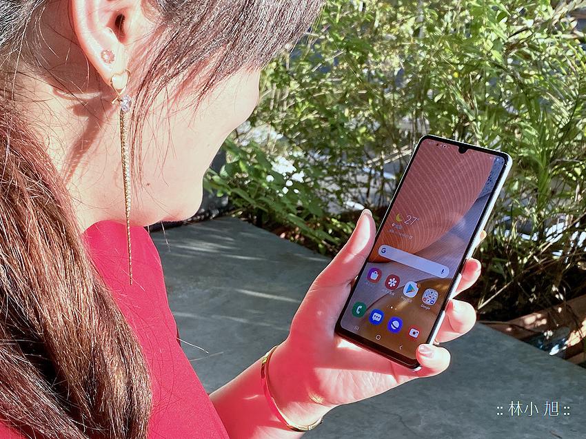 Samsung Galaxy A42 5G 開箱 (ifans 林小旭) (20).png