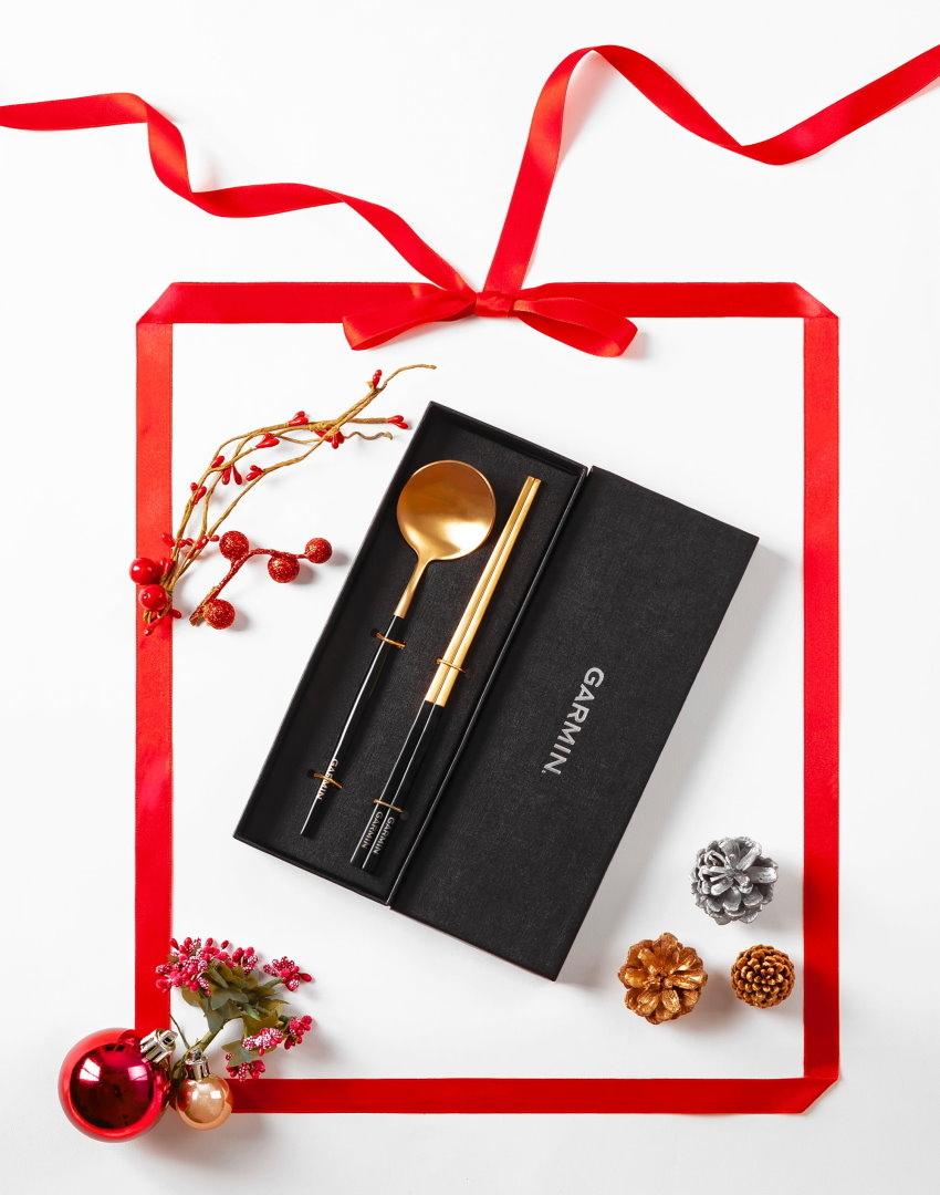 2020年12月23日至2021年1月3日止,至Garmin指定通路購買指定商品與配件,單筆消費滿6,000元,再送限量Garmin精美餐具組。.jpg