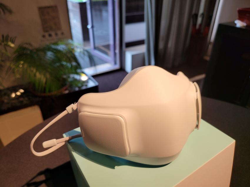 LG PuriCare™ 口罩型空氣清淨機 (3).png