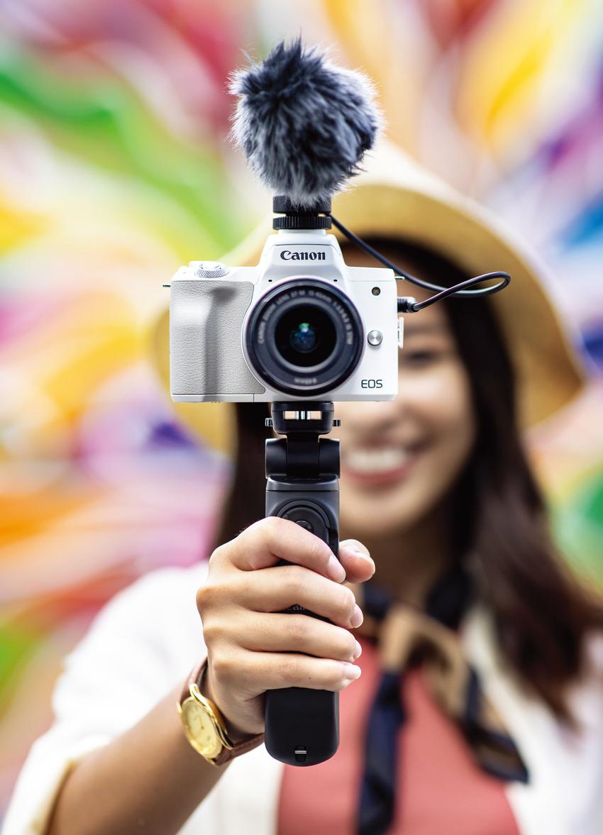 (05) Canon EOS M50 Mark II 迷你單眼相機專為VLOG影片拍攝而打造,適合熱愛影音創作者或是社群網紅,讓人充分享受影像樂趣。.png