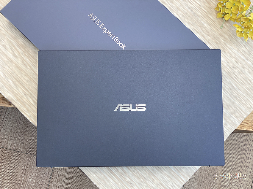 ASUS ExpertBook B9 (B9400) 筆記型電腦開箱 (ifans 林小旭) (42).png