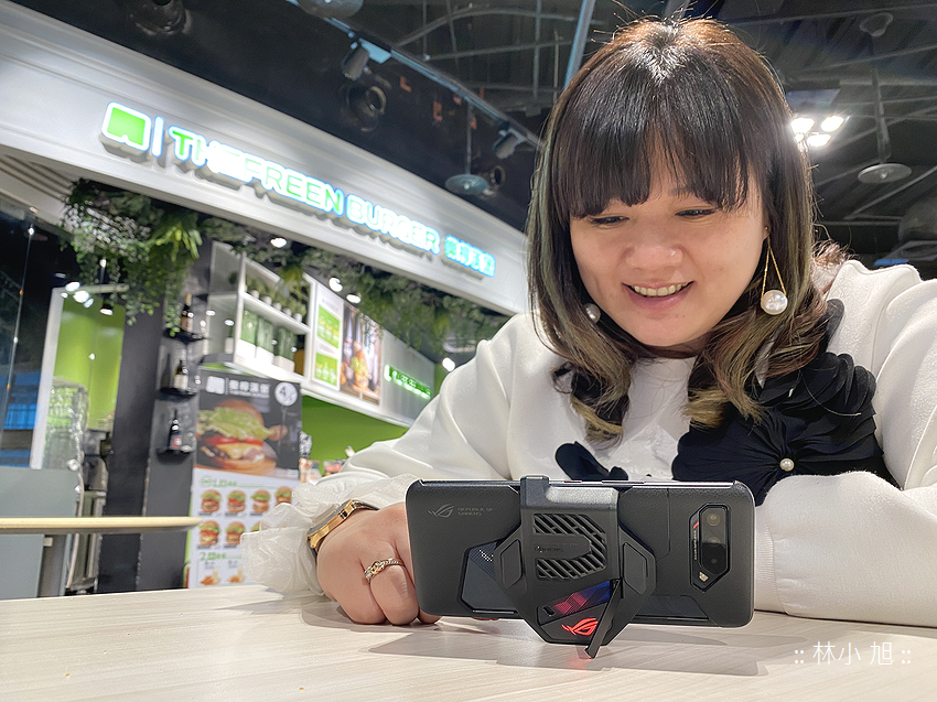 ASUS ROG Phone 5 開箱 (ifans 林小旭) (46).png
